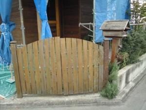 塗装前の門扉