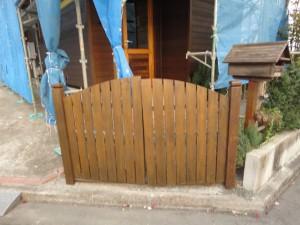 塗装後の門扉