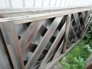 木製の門扉