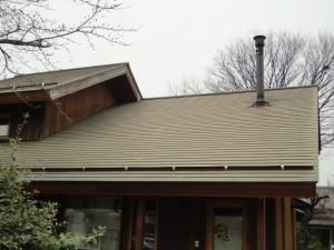 塗装前の屋根、破風板