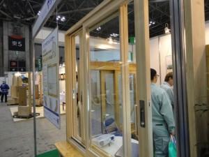 木製の内窓です