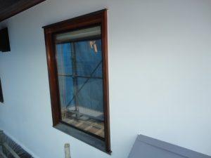 窓回りもシッケンズを塗装