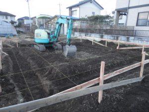 基礎工事を始めています