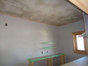 漆喰下塗り工事開始